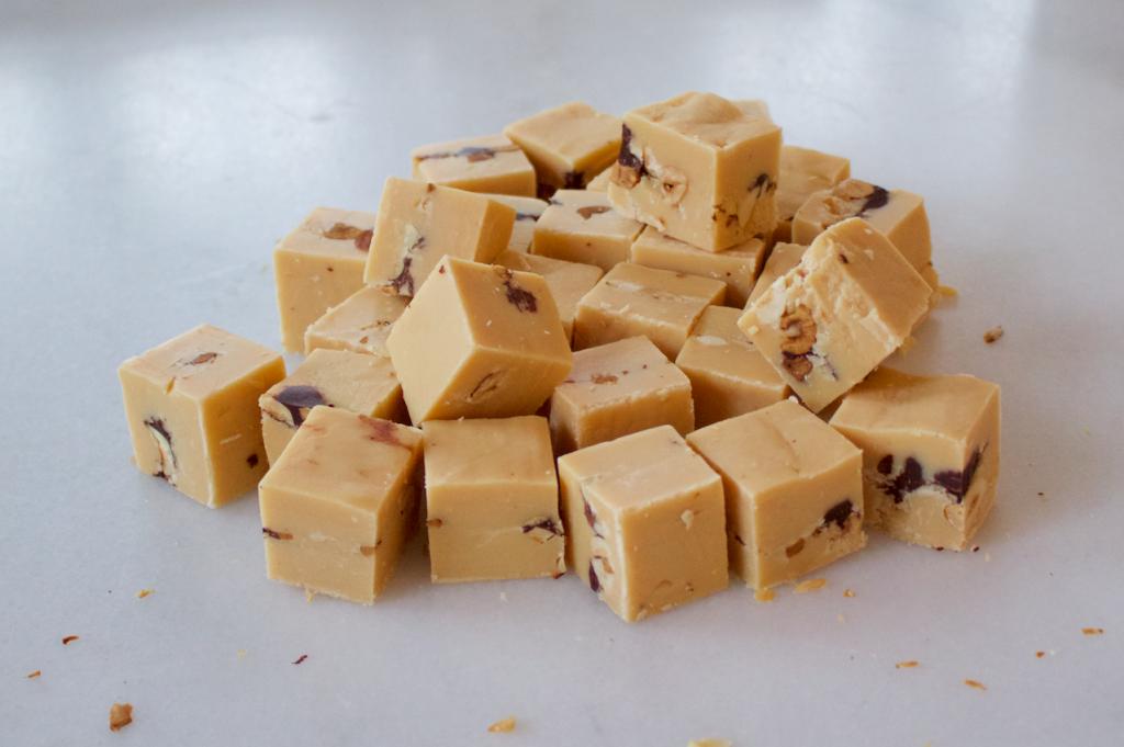 Hjemmelavet fudge opskrift med chokolade